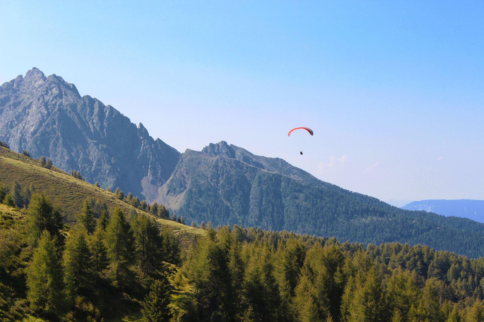 paragliding in Dalhouisie